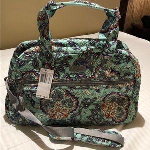 NWT. Vera Bradley Compact Traveler Bag.